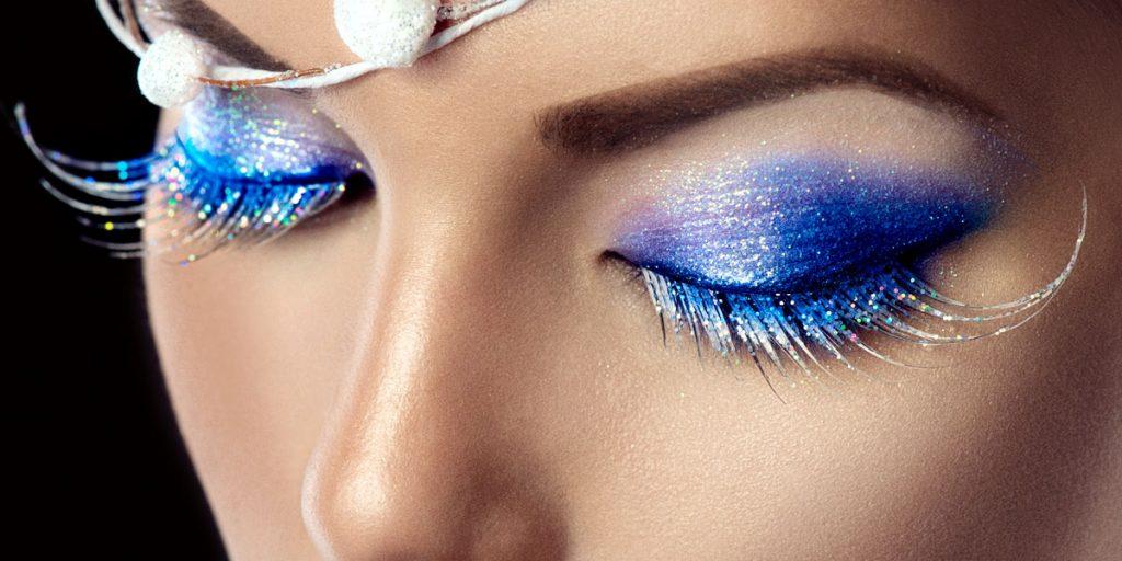 trucco occhi blu glitter